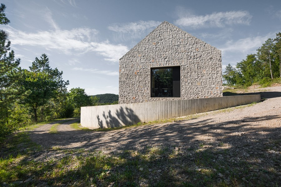 Compact Karst house by Dekleva Gregoric Arhitekti 16
