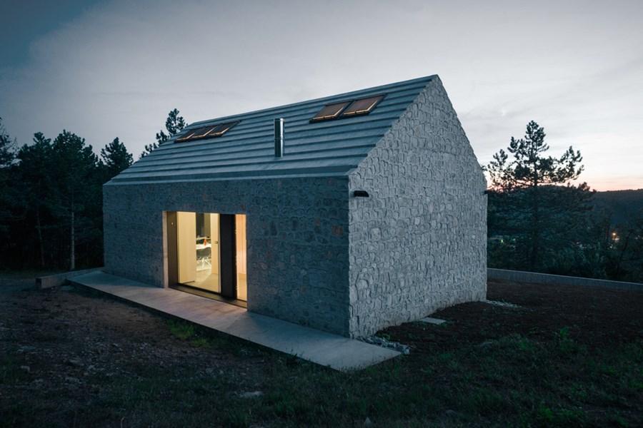 Compact Karst house by Dekleva Gregoric Arhitekti 22