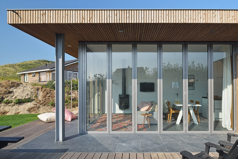 Holiday house by Bloem en Lemstra Architecten 03