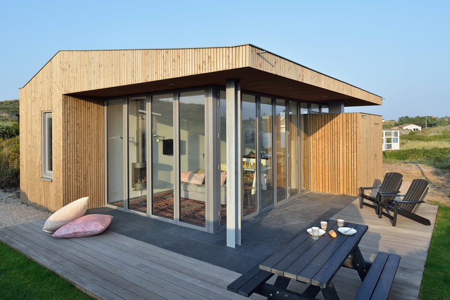 Holiday house by Bloem en Lemstra Architecten 04