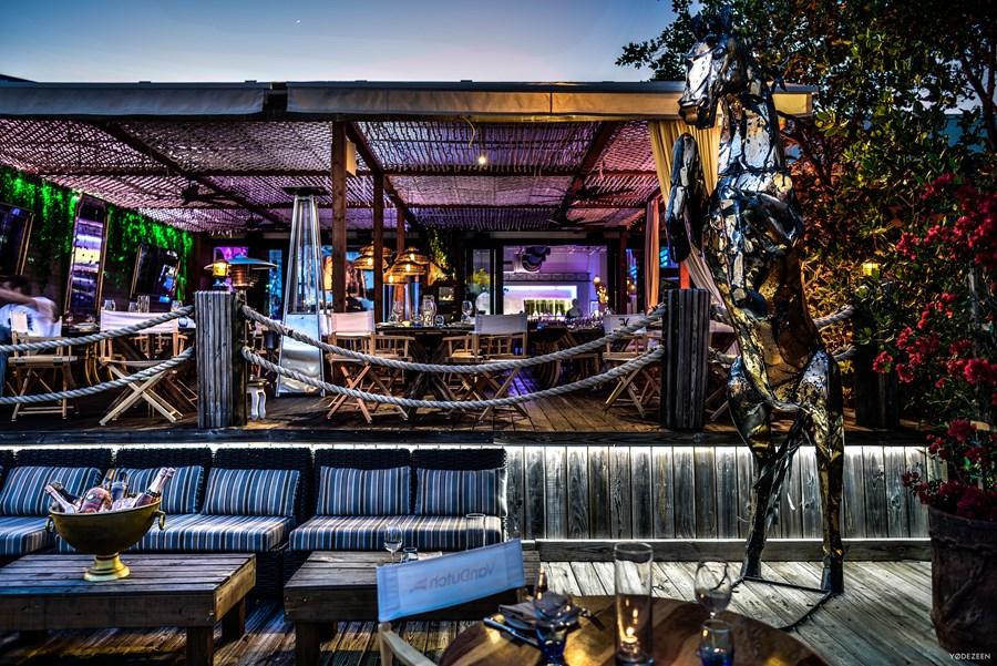 Lique restaurant by YoDezeen 06