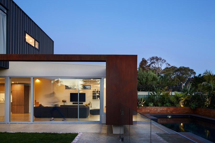 The Boulevard, City Beach house by Mark Aronson Architecture 04