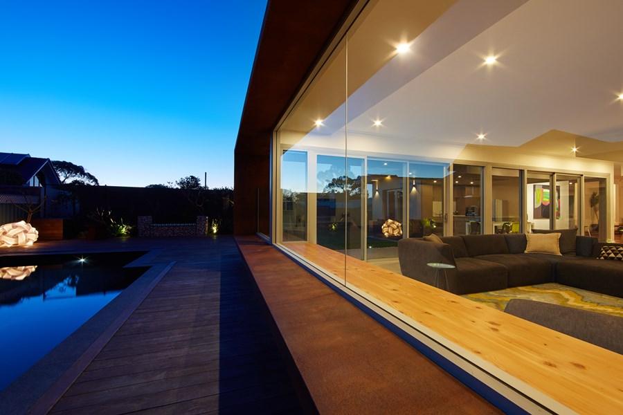 The Boulevard, City Beach house by Mark Aronson Architecture 05