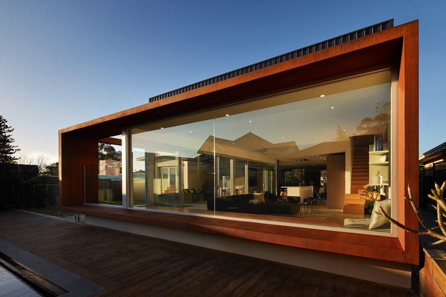 The Boulevard, City Beach house by Mark Aronson Architecture 06