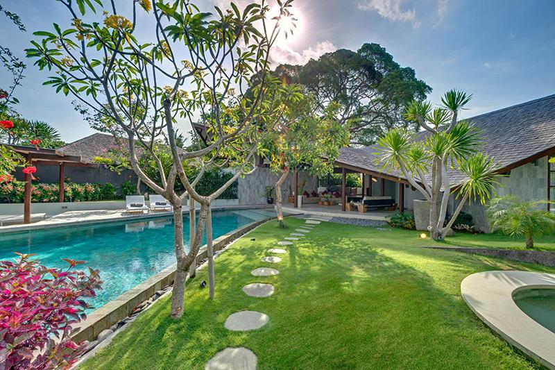 The Layar Designer Villas and Spa 07