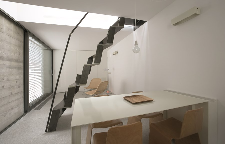 XXS house by Dekleva Gregoric Arhitekti 01