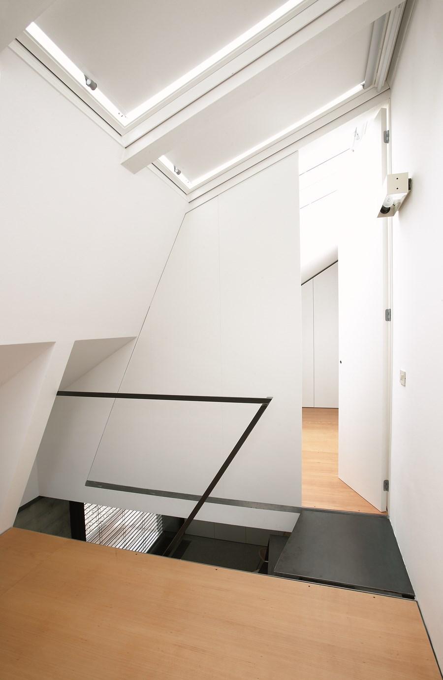 XXS house by Dekleva Gregoric Arhitekti 07