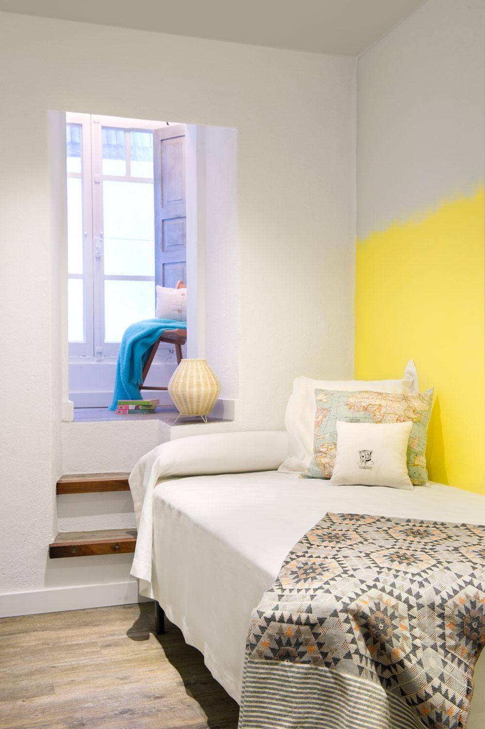 A Coruña for rent by Egue y Seta 13