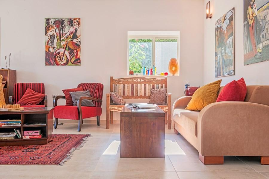Apartment in Haifa by Irena Elbaz 02
