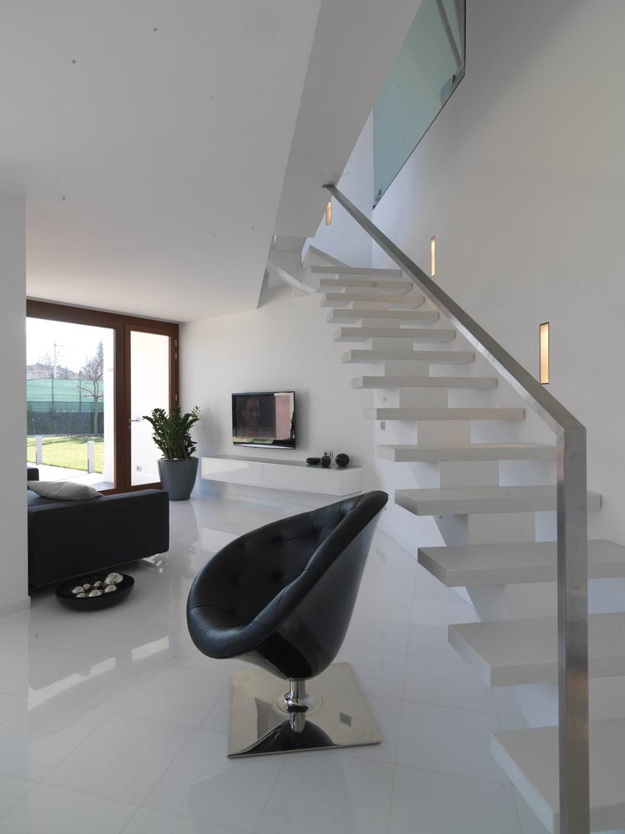 B House by Damilano Studio Architects 13