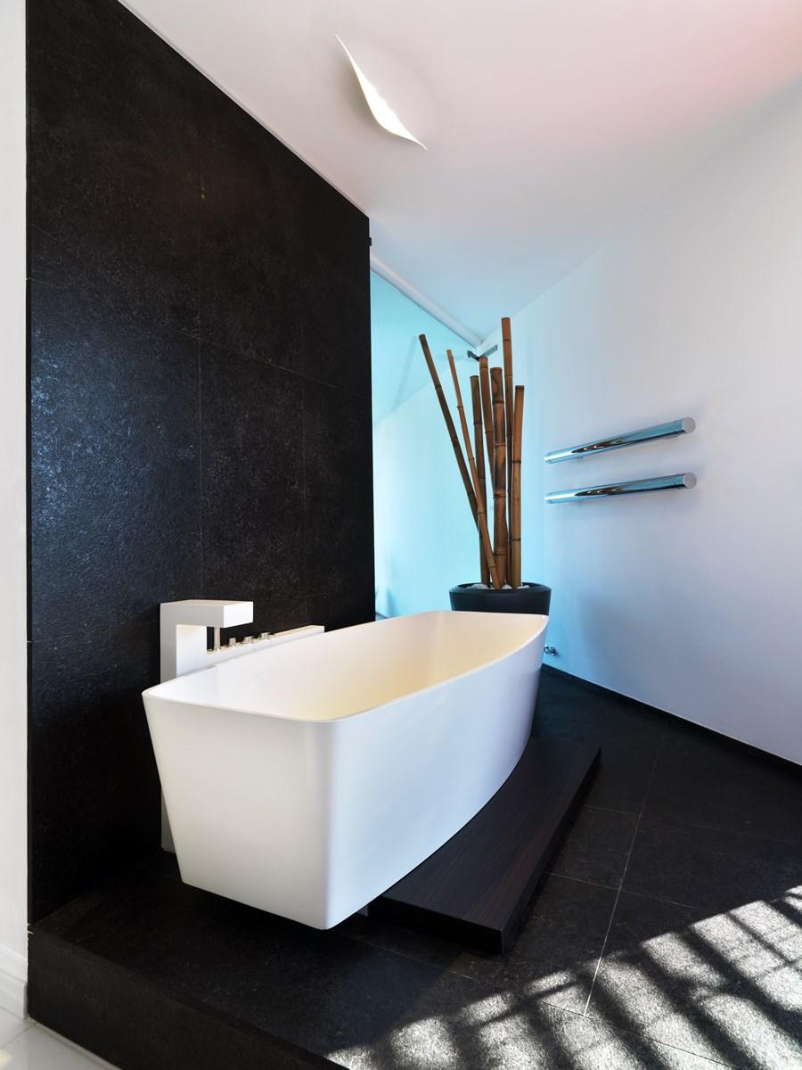 B House by Damilano Studio Architects 23