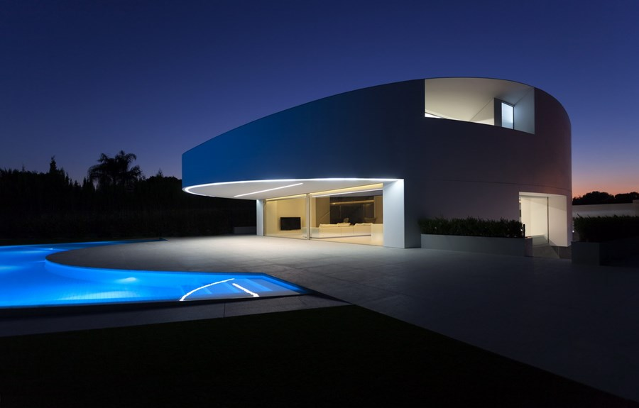 Balint House by Fran Silvestre Arquitectos 26