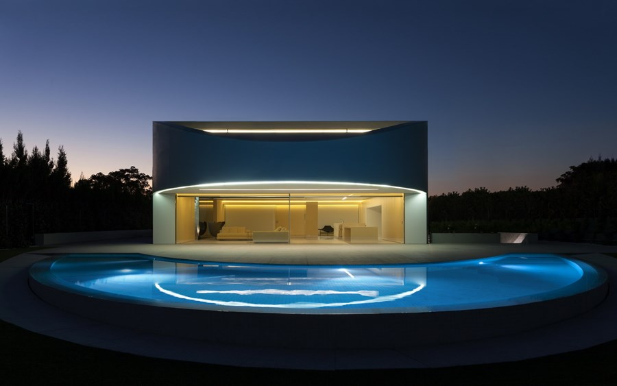Balint House by Fran Silvestre Arquitectos 27