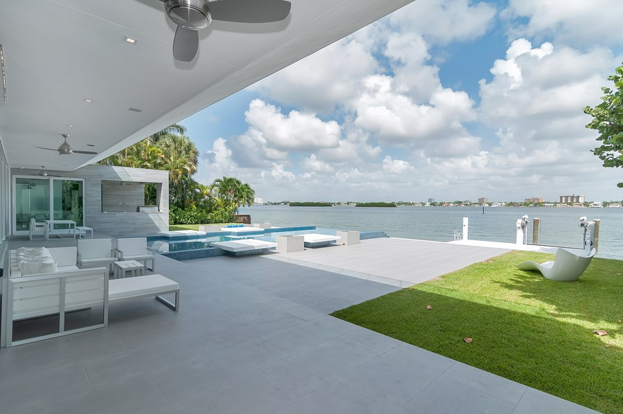 Bay Harbor Islands by One D+B Architecture 04