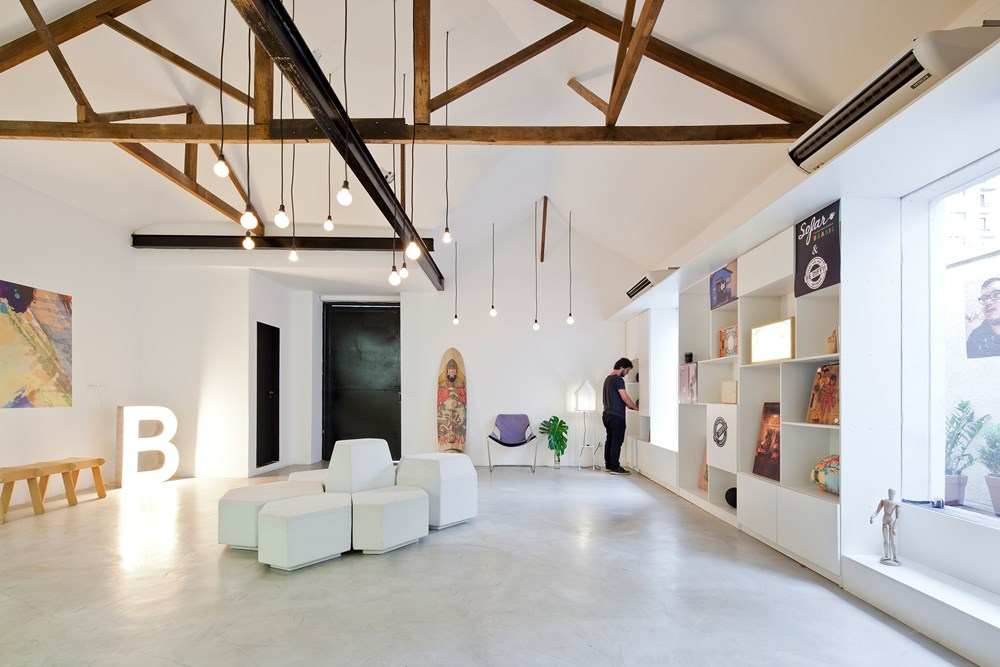 Bediff Exhibition Space by ESTUDIO BRA 02