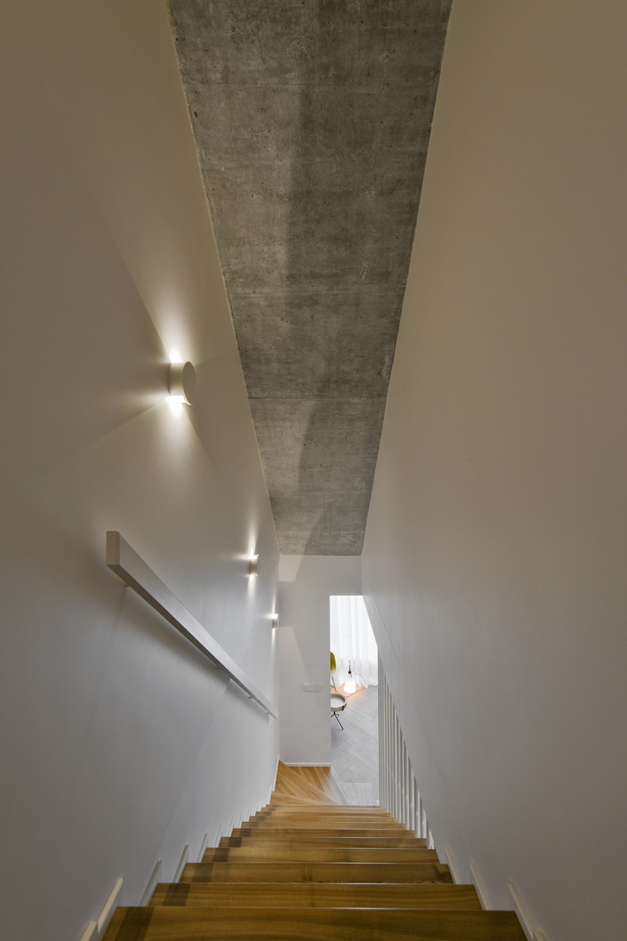 Butas River loft by In Arch 14