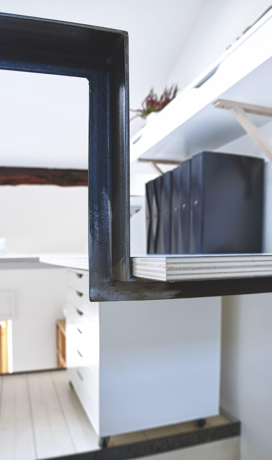 CPR attic refurbishment and extension by Piùerre 13