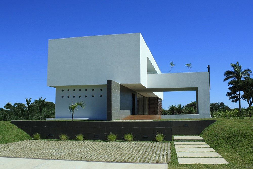 Casa Colina by Ricardo Ruiz 02