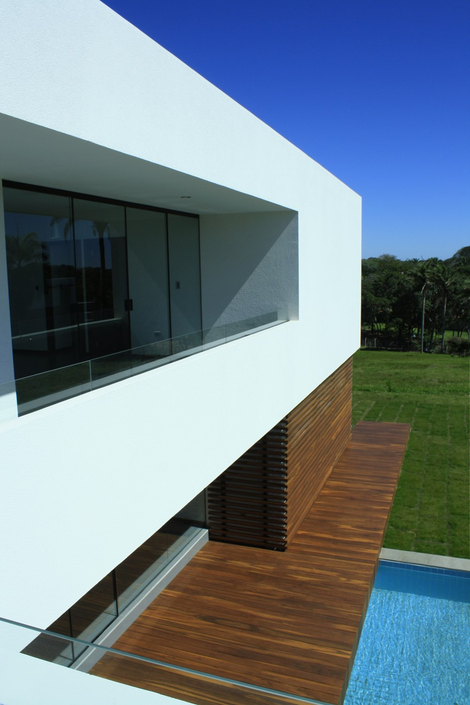 Casa Colina by Ricardo Ruiz 05