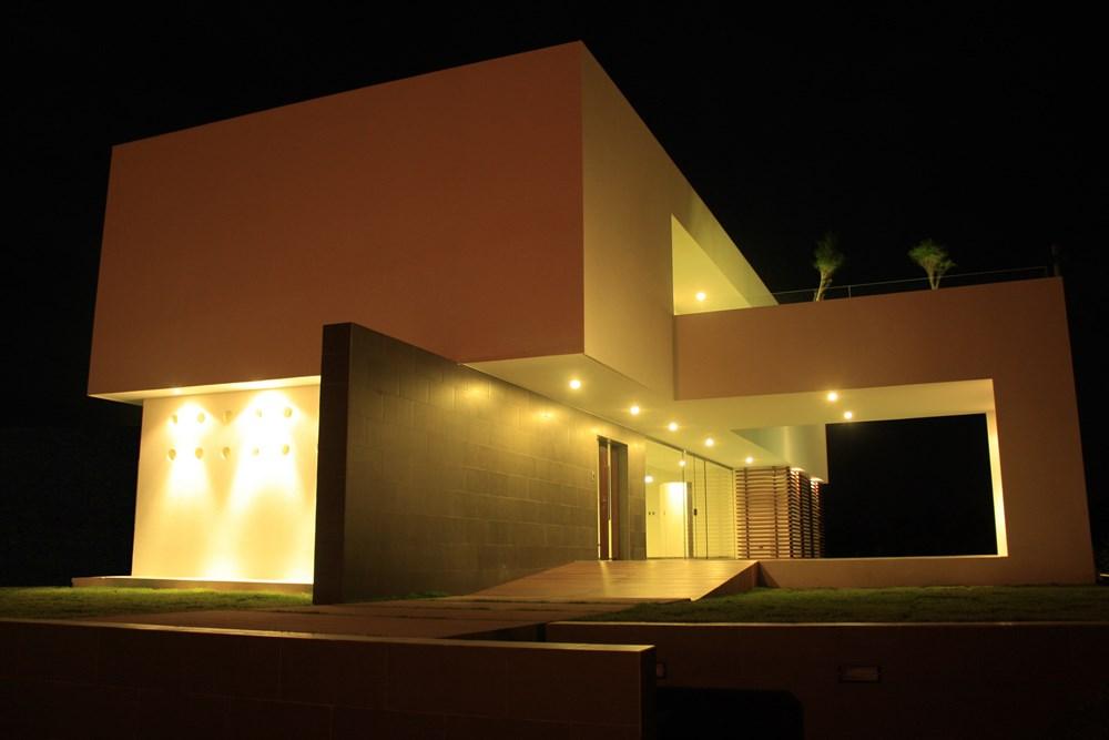 Casa Colina by Ricardo Ruiz 08