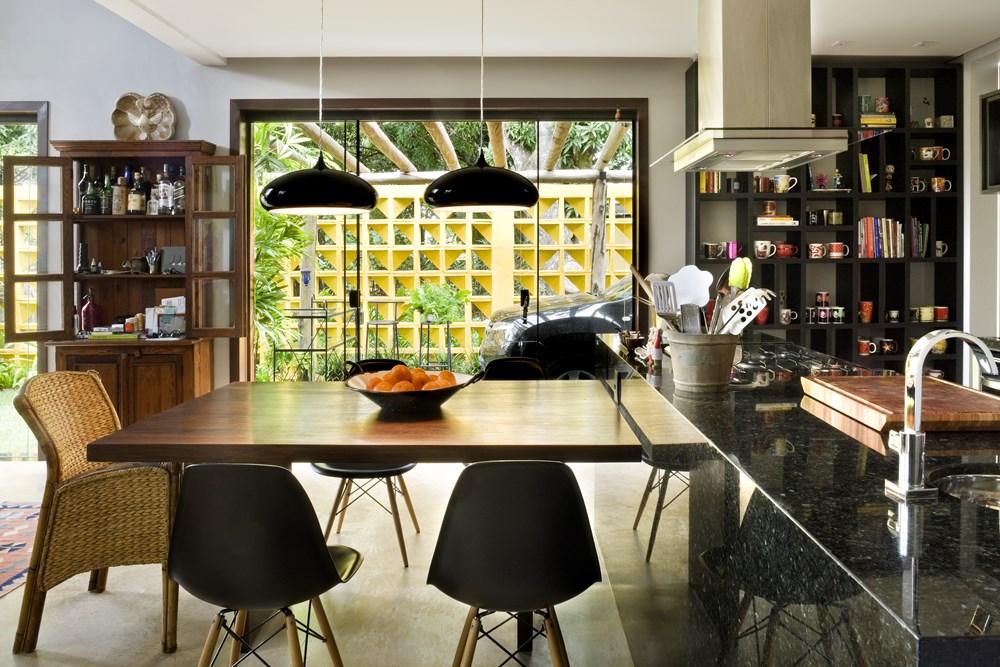 Cobogó House by Ney Lima Architect 04