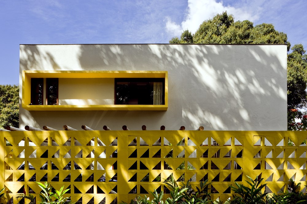 Cobogó House by Ney Lima Architect 11