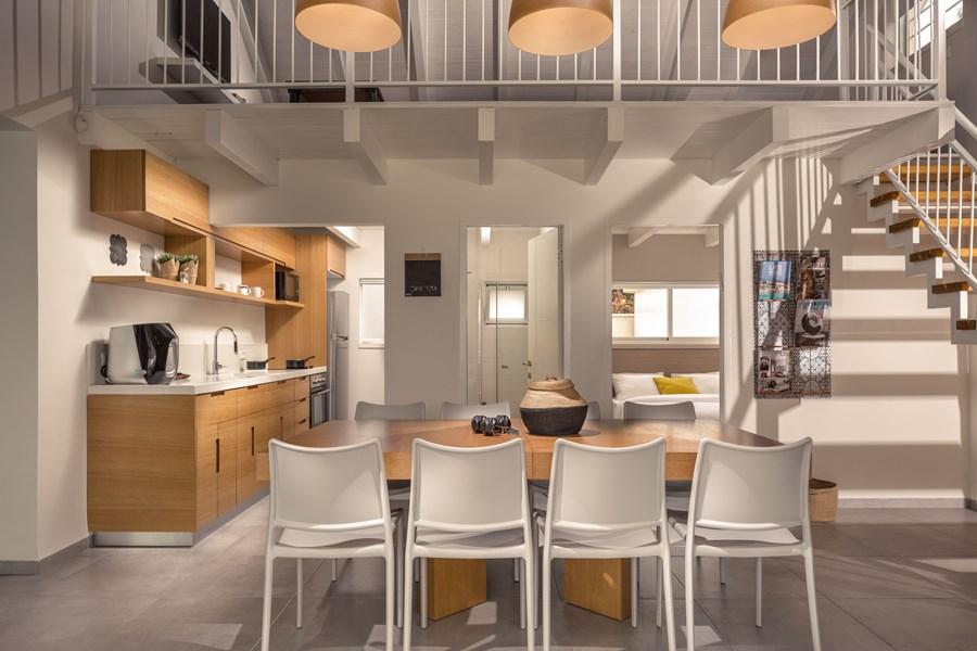 Exclusive villa by Studio Shirley Lauber 06