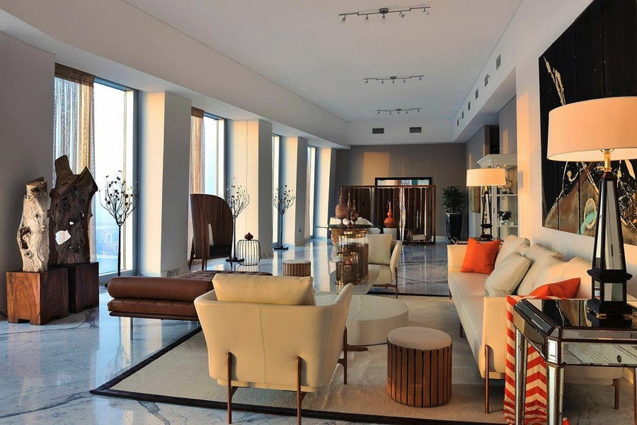 Full Floor Penthouse 72, Cayan Tower 02
