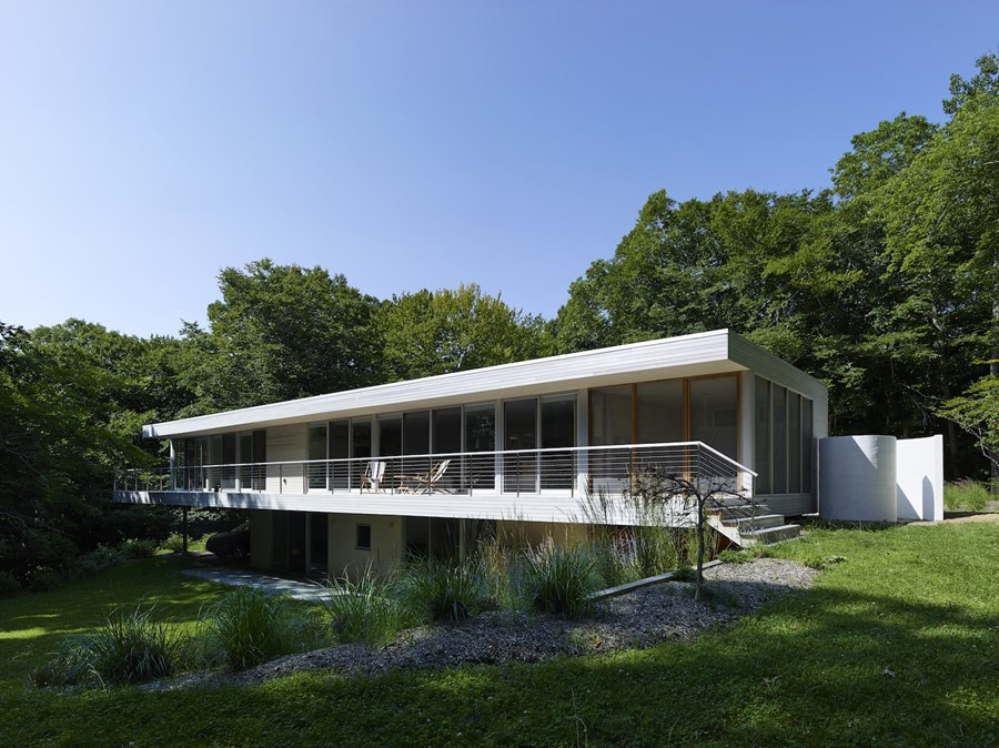 Green Woods House by Stelle Lomont Rouhani Architects 02