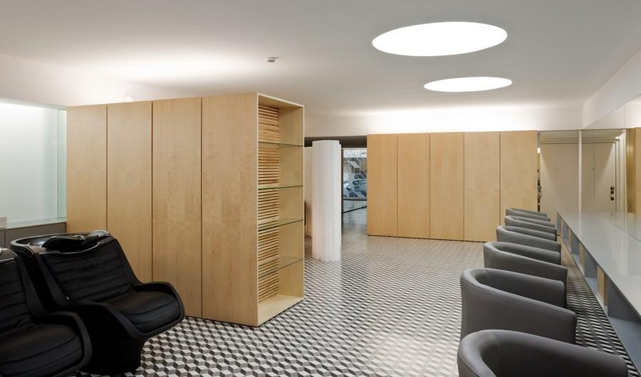 Hair Salon in Porto by Correia Ragazzi Arquitectos 05