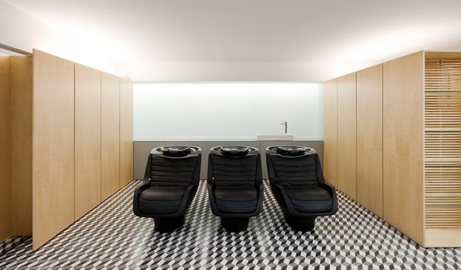 Hair Salon in Porto by Correia Ragazzi Arquitectos 06