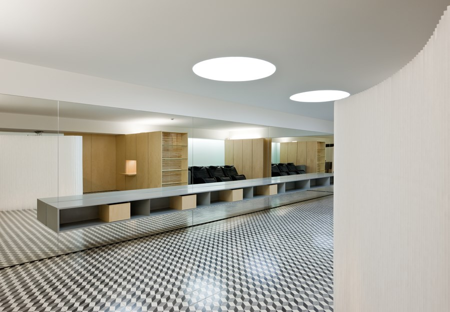 Hair Salon in Porto by Correia Ragazzi Arquitectos 13