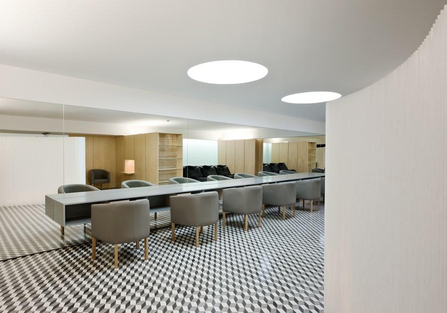 Hair Salon in Porto by Correia Ragazzi Arquitectos 14
