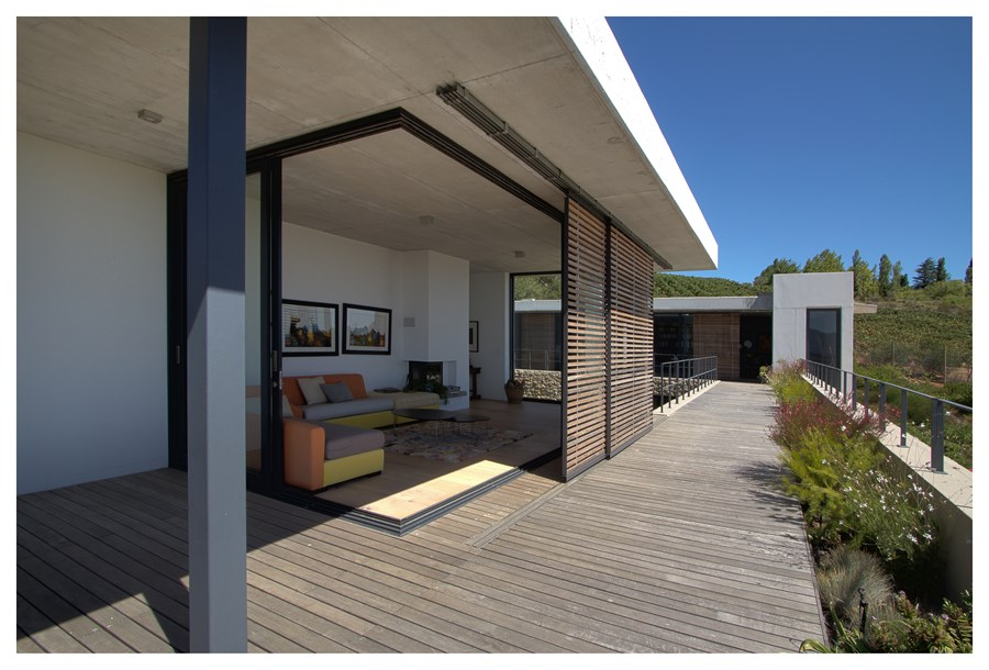 Hillside House by GASS Architecture 16
