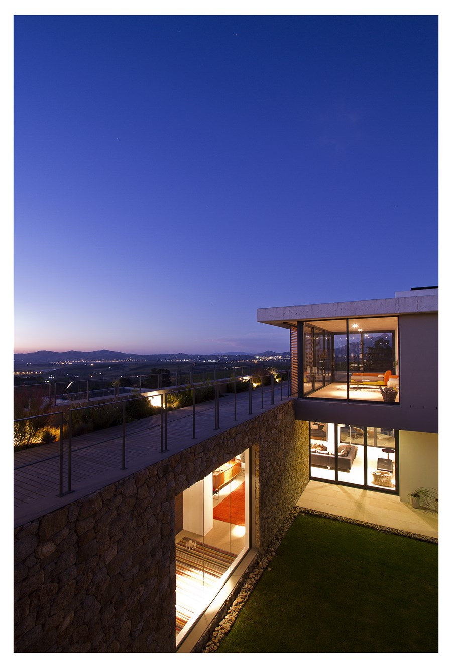 Hillside House by GASS Architecture 30