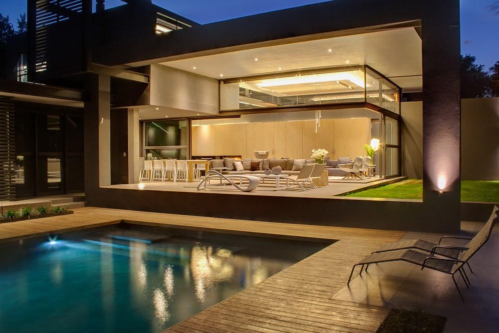 House Sar by Nico Van Der Meulen Architects 05