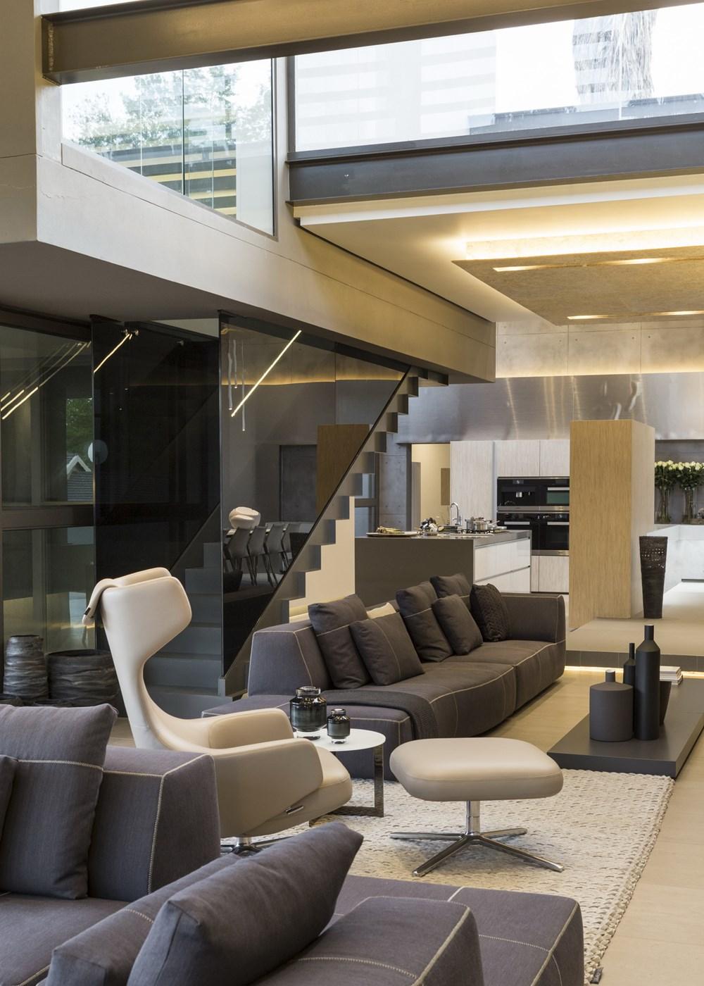 House Sar by Nico Van Der Meulen Architects 10