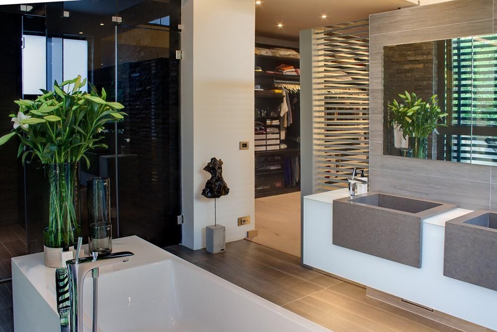 House Sar by Nico Van Der Meulen Architects 20