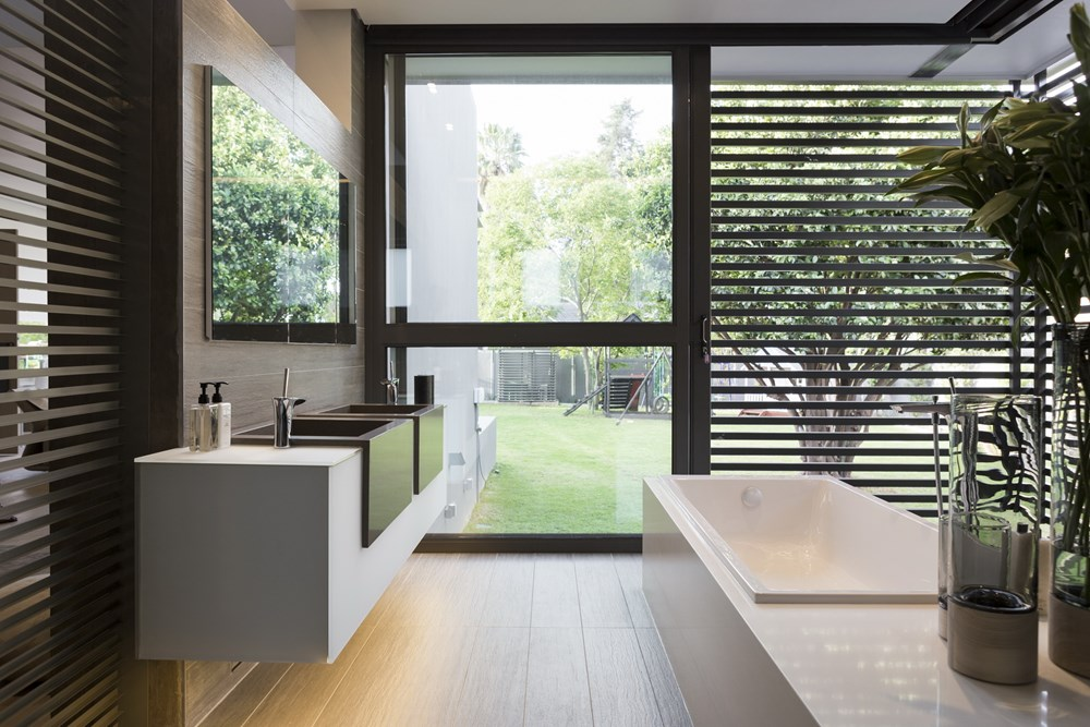 House Sar by Nico Van Der Meulen Architects 22