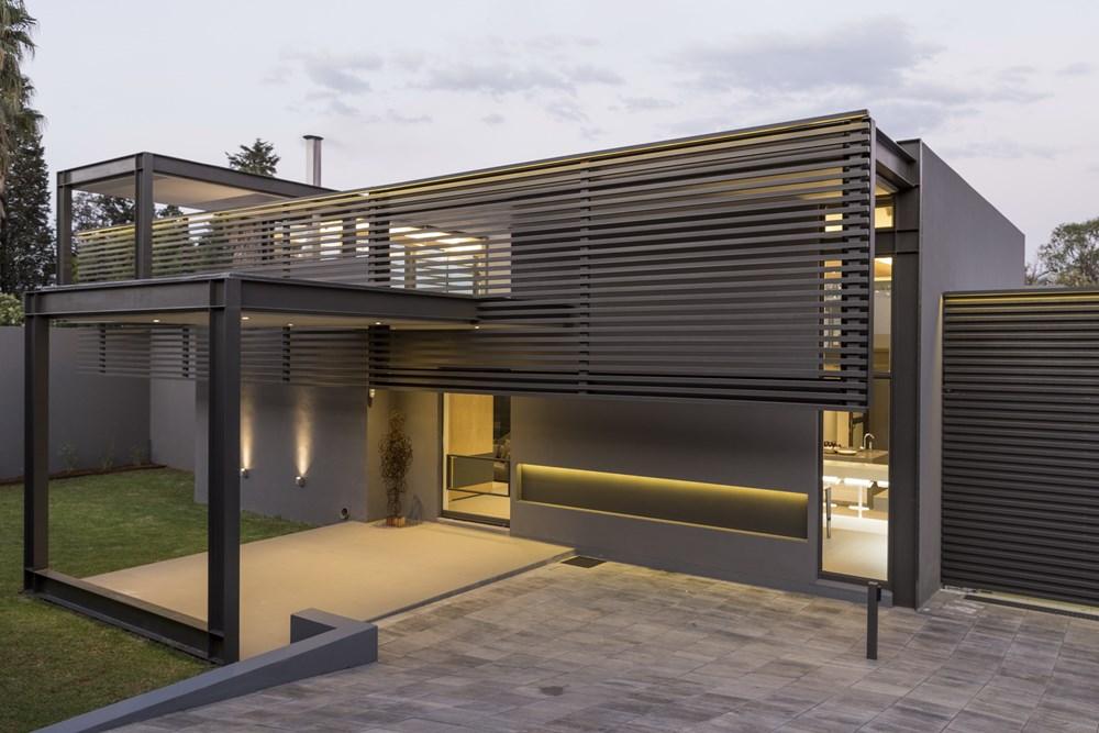 House Sar by Nico Van Der Meulen Architects 25