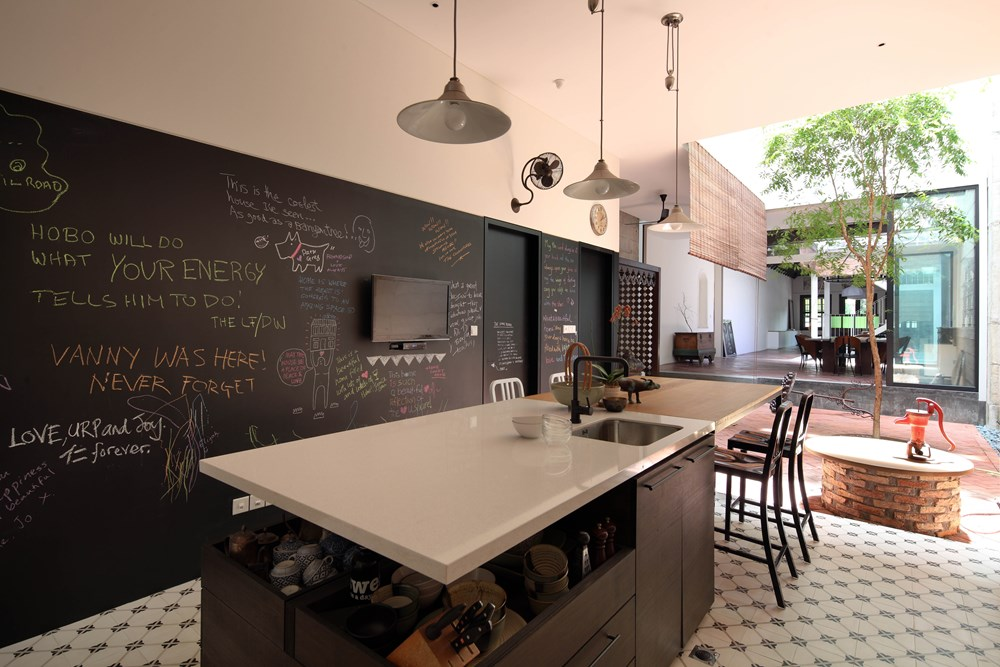 House at Neil Road by ONG&ONG 05