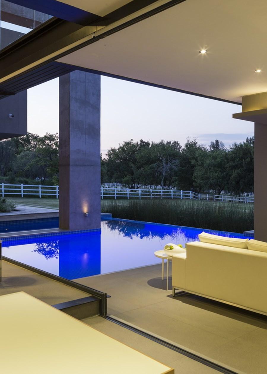House in Blair Atholl by Nico van der Meulen Architects 18