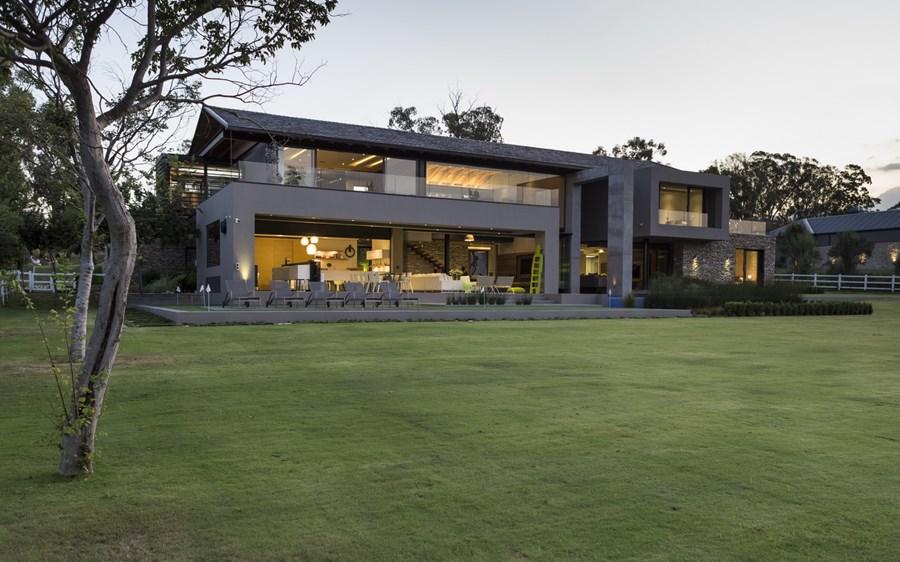 House in Blair Atholl by Nico van der Meulen Architects 28