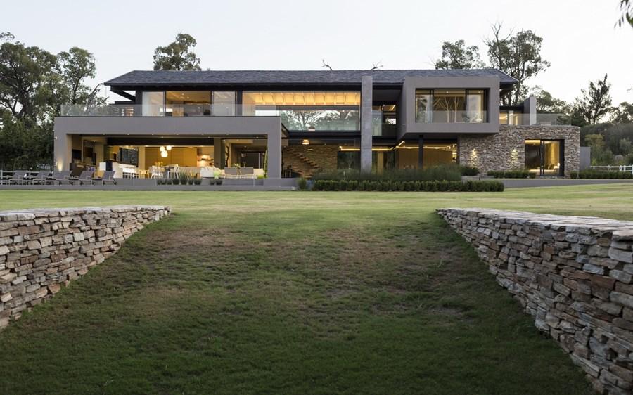 House in Blair Atholl by Nico van der Meulen Architects 30