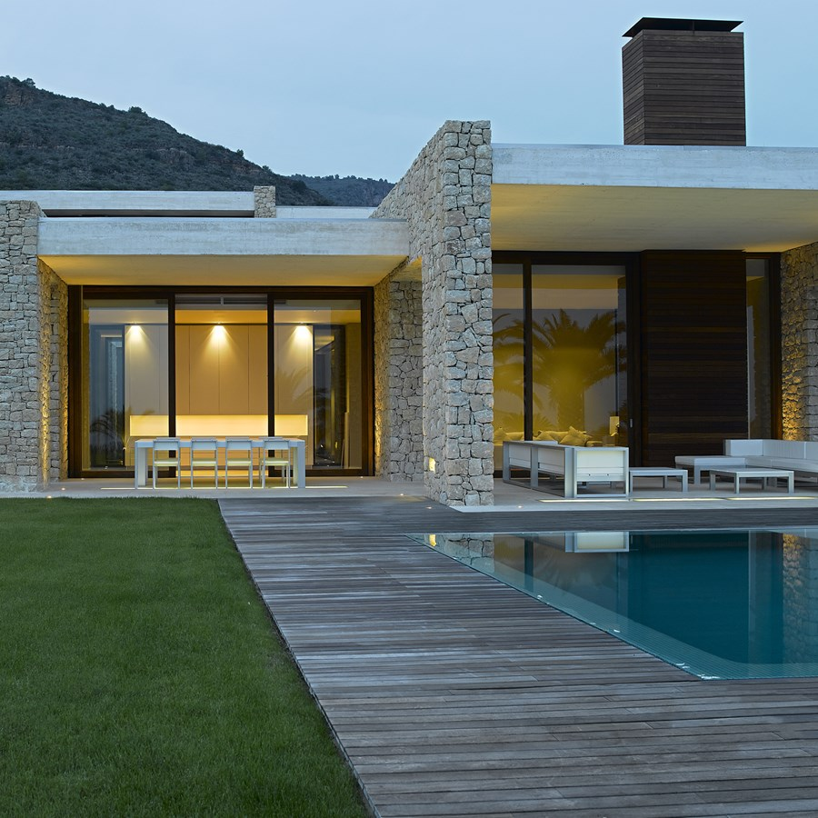 House in Monasterios by Ramon Esteve 06
