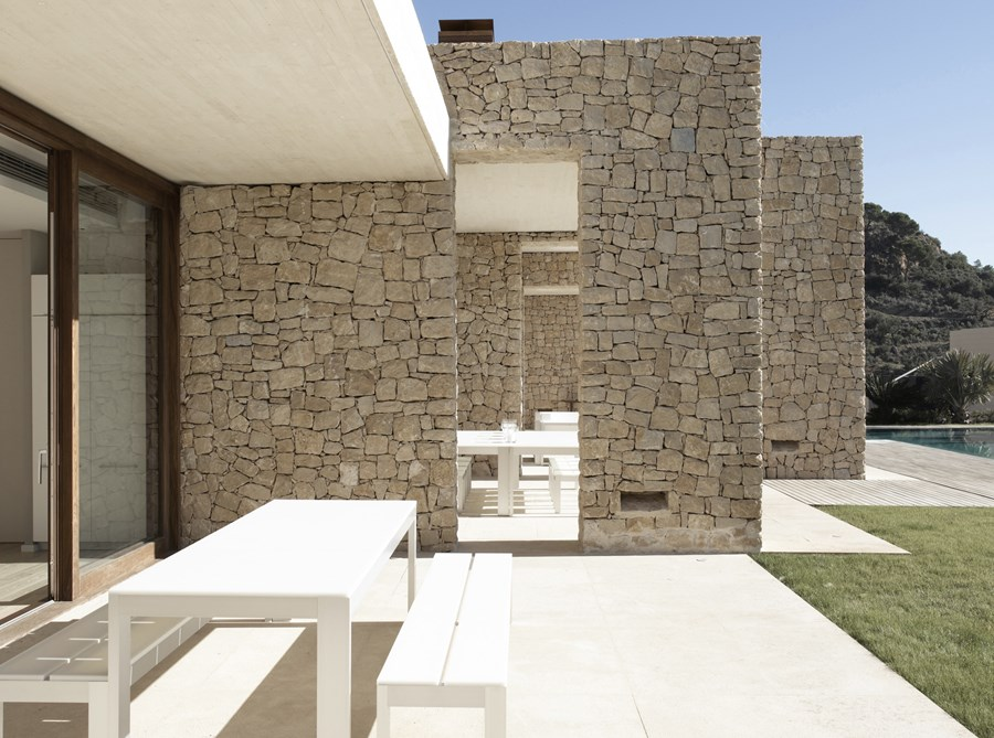 House in Monasterios by Ramon Esteve 07