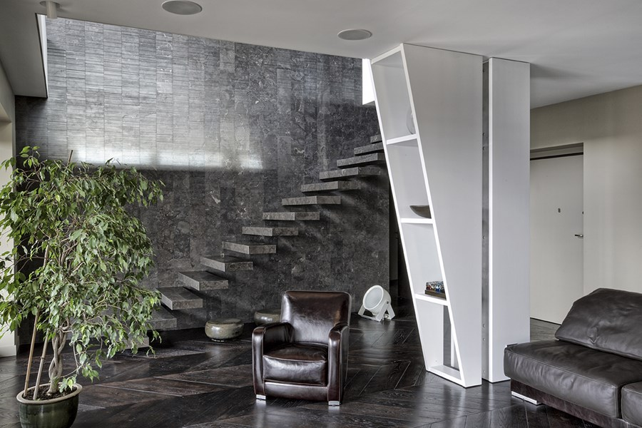 Interior with terrace by MG2 Architetture 01
