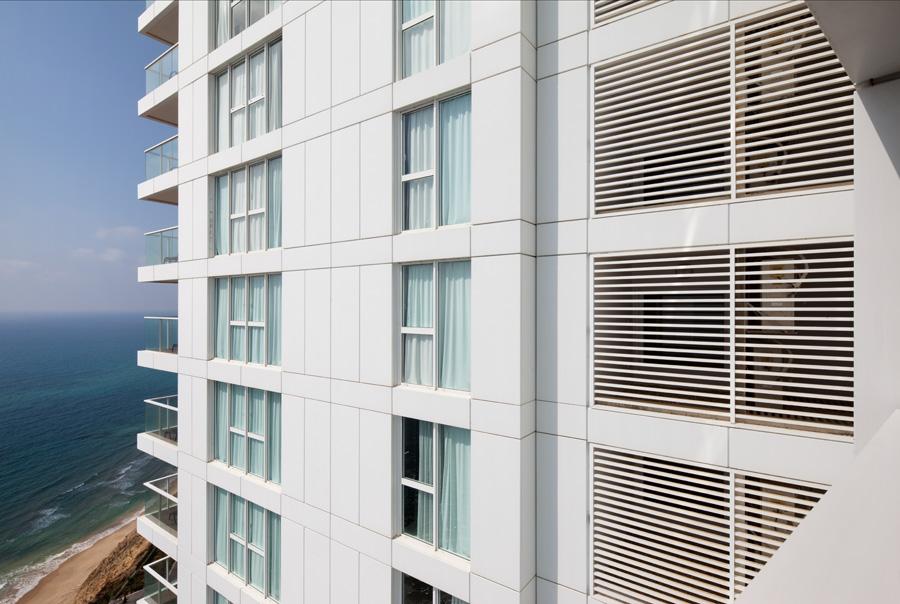 Island Hotel Netanya by Faigin Architects 09