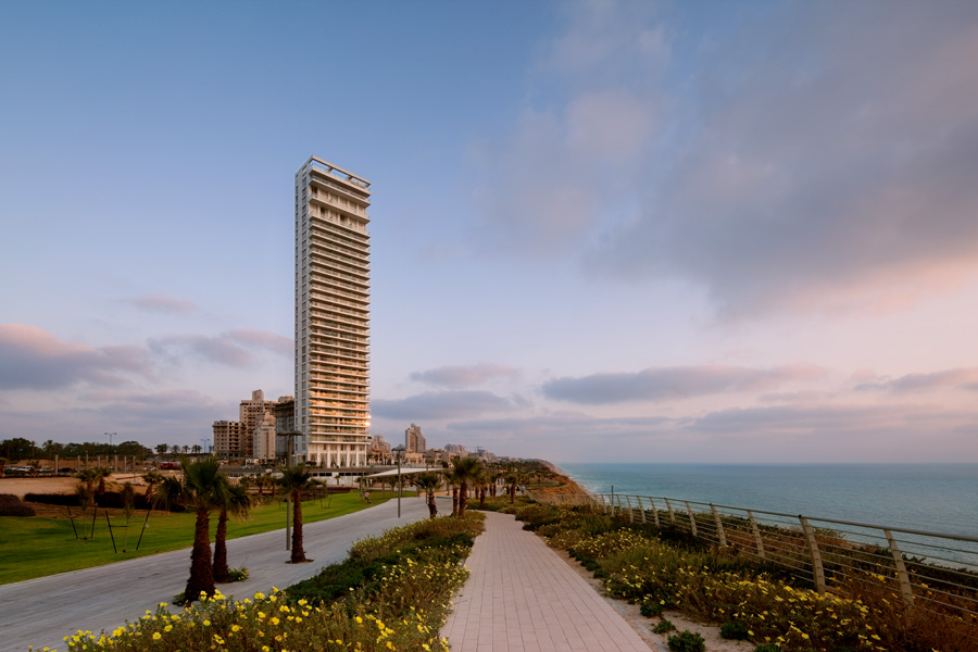 Island Hotel Netanya by Faigin Architects 11