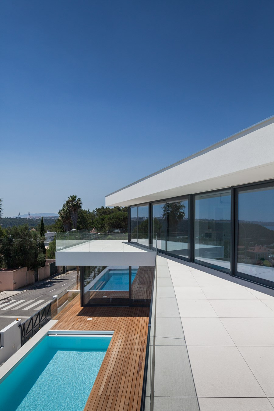 JC House by JPS ATELIER 18